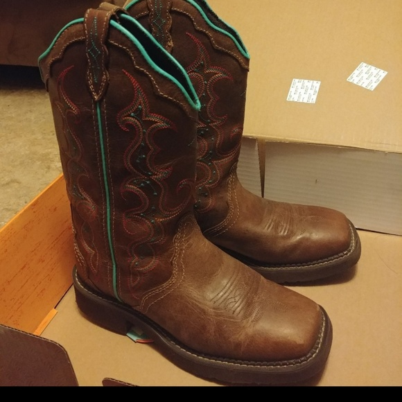 Womens Justin Boots Square Toe Size 7b